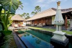hotel The Legian Bali and The Club at The Legian Bali