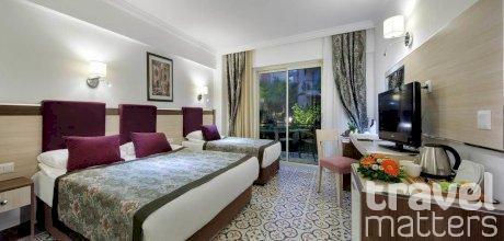 Oferte hotel Crystal Aura Beach Resort and Spa